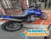 Moto Yamaha XT 660 R 2012